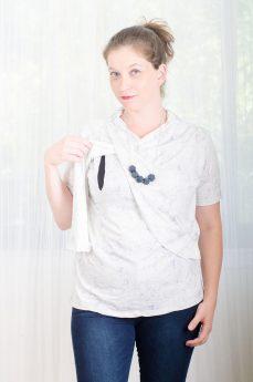 חולצת הנקה - גילת בצבע לבן