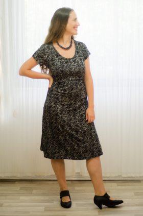 שמלת הריון - מאיה בצבע שחור-לבן