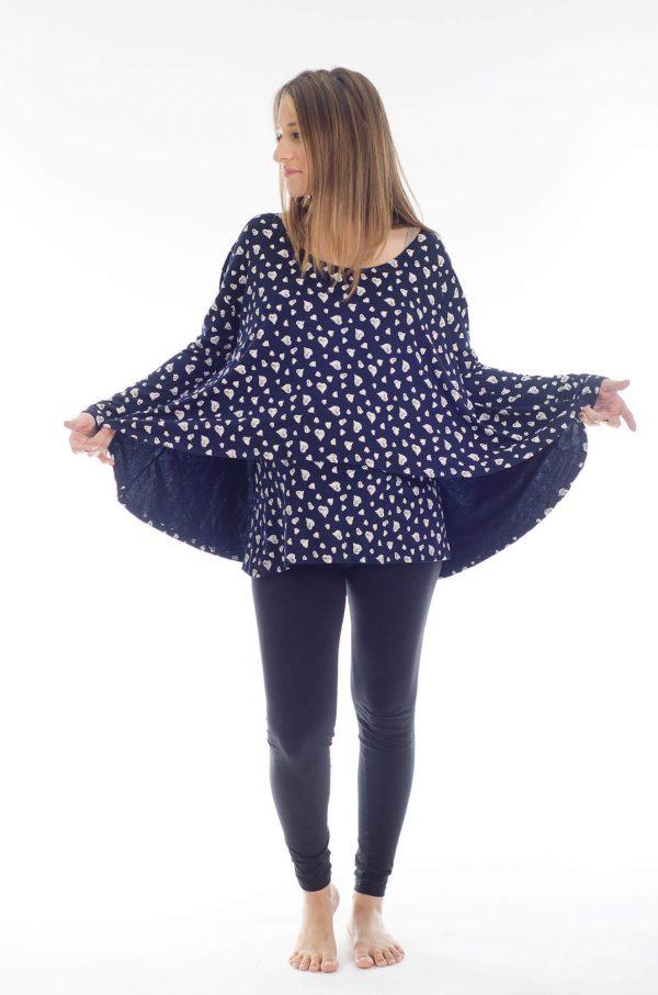 חולצת הריון חגית בצבע כחול עם לבבות