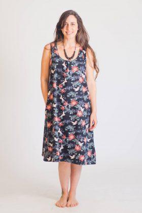שמלת הנקה – ליבי שחור מודפס